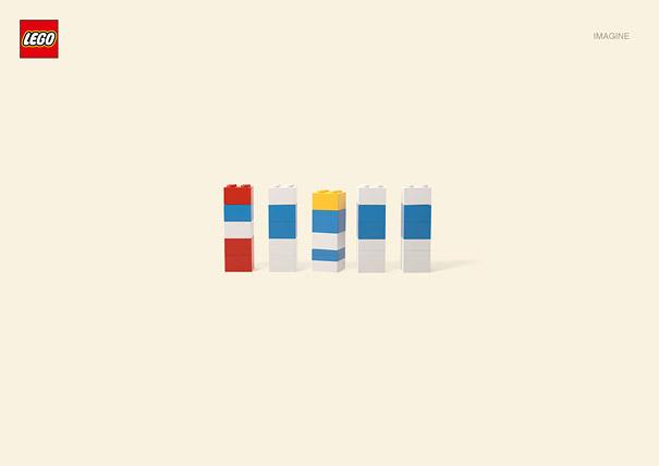 Publicité Lego, Les Schtroumpfs
