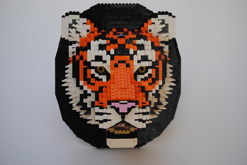 Tigre en légo de Felix Jaensh